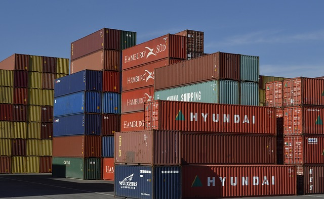 container-789488_640.jpg